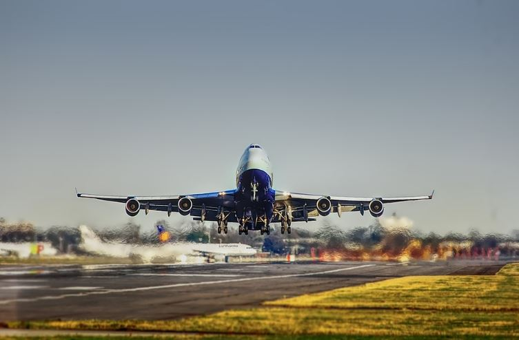 Aircraft noise pollution at Takeoff